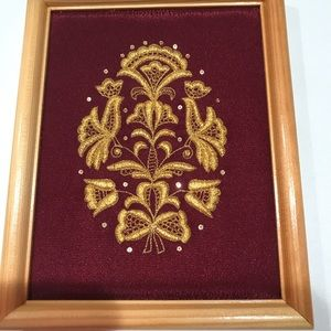 "New WT Cute Gold Thread Framed Art, 8""x6"""